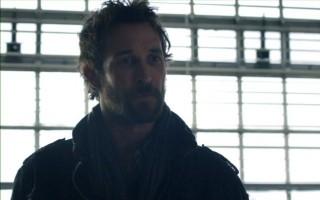 Falling Skies S2x06 - Noah Wyle as Tom Mason