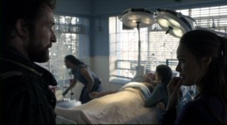 Falling Skies S2x06 - Tom and Anne worry about Captain Weaver