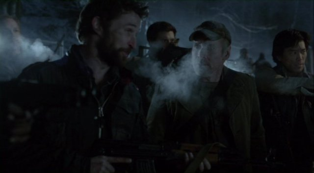 Falling Skies S2x07 - Armed to the teeth