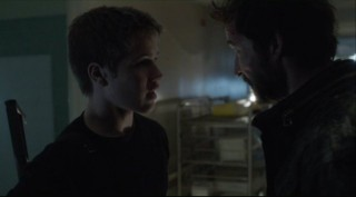 Falling Skies S2x07 - Ben and Tom have a father and son chat