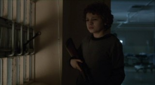 Falling Skies S2x07 - Captain Weaver takes a liking to young Matt
