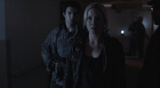 Falling Skies S2x07 - Hal has a surprise for Karen
