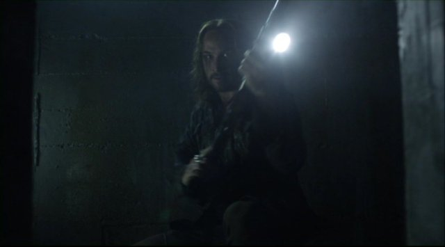 Falling Skies S2x07 - John Pope is back in action