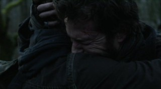 Falling Skies S2x07 - Tom hugs Ben