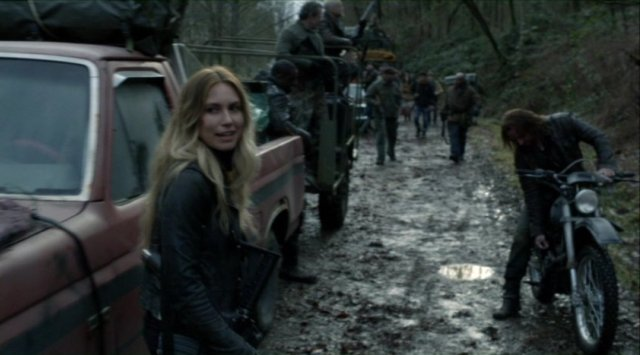 Falling Skies S2x07 - Will Maggie continue to smile with the return of John Pope