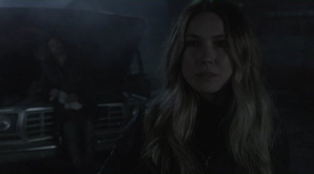 Falling Skies S2x08 - Maggie and Pope have a chat