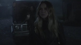 Falling Skies S2x08 - Maggie listens to John Pope's words of warning