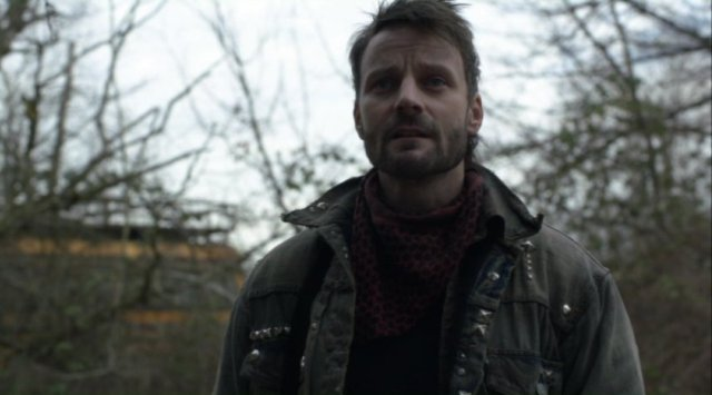 Falling Skies S2x08 - Ryan Robbins has lots of screen time in Death March