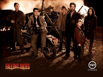 Falling Skies - Season One cast banner - Click to learn more at the official TNT web site!