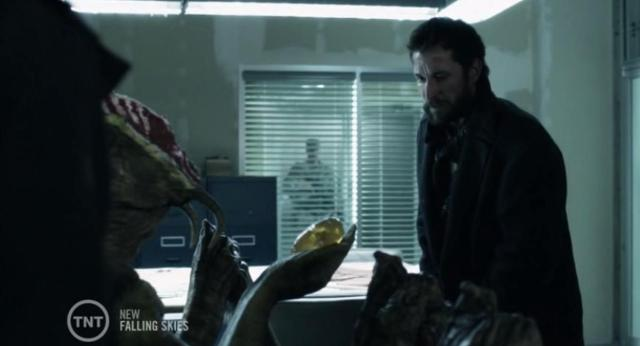 Falling Skies S3X06 weapon of bug destruction