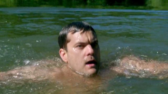 Fringe S4x04 Subject 9 - Peter arrives in the lake