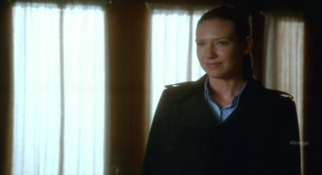 Fringe S4x06 - How many Olivias's are there?