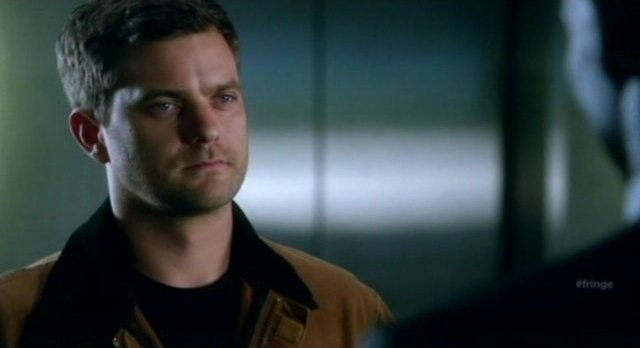 Fringe S4x06 - How many Peter's are there