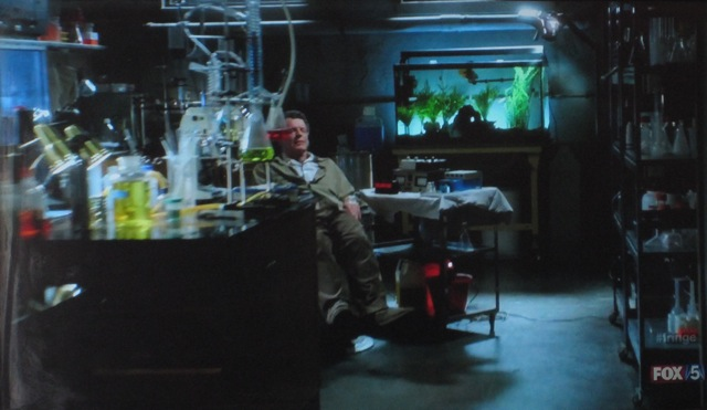 Fringe S4x05 - Walter in chair