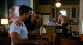 Fringe S4x08 - A kiss from Olivia