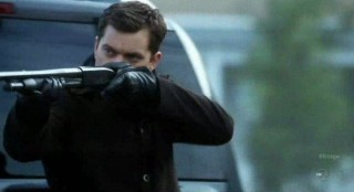 Fringe S4x12 - Peter is packing