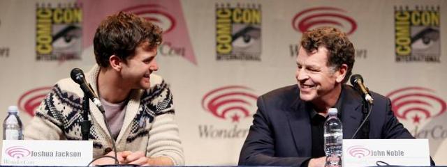 Wondercon 2012 - Josh Jackson and John Noble of Fringe