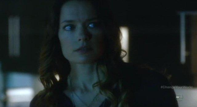 Fringe S4x16 - Gina Holden as Kate Hicks