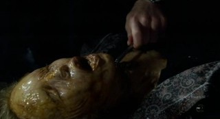 Fringe S4x17 - Decomposing corpses found in tunnel