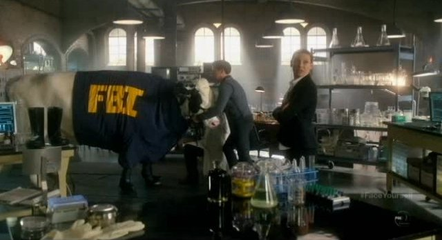 Fringe S4x17 - Gene the Cow gets new clothes