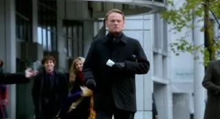 Fringe S4x17 - Jared Harris as David Robert Jones