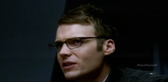 Fringe S4x17 - Lincoln Lee says he will bring Alt-Livia a latte next time