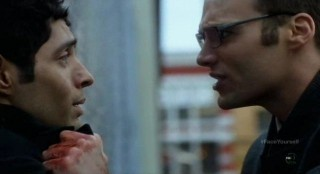 Fringe S4x17 - Lincoln confronts the Shape Shifter