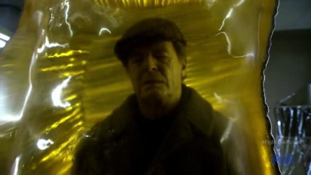 Fringe S4x19 - Walter Bishop in Amber