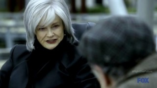 Fringe S4x19 - Nina tries to help Walter in 2036