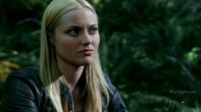 Fringe S5x03 - Etta watches her parents together