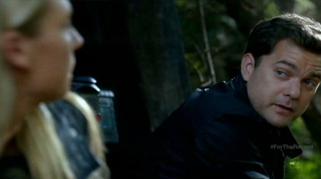 Fringe S5x03 - Touching moments between Peter and Olivia