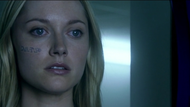 Fringe S5x02 - Etta in shock when she saw Simon's head