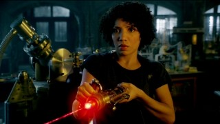 Fringe S5x02 - Astrid and the laser