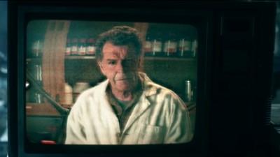Fringe S5x02 - Walter in the video