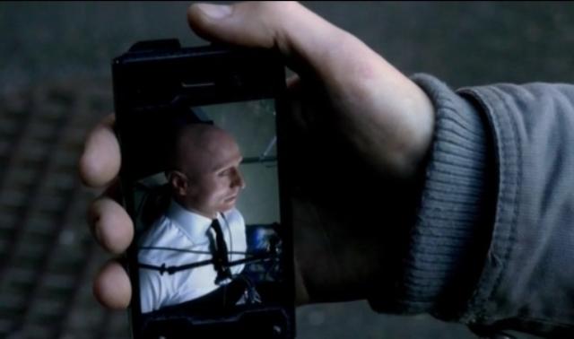 Fringe S5x05 - Baldie hostage