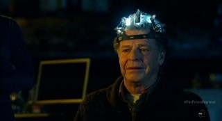 Fringe S5x10-Walter with the ECOG