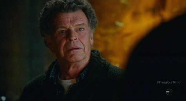 Fringe S5x09 - Walter realizes what it all means