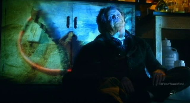 Fringe S5x09 - Walter sees the wormhole he created in his mind