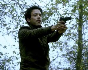 Fringe S5x08 - Briggs and Stratton ambushed Olivia