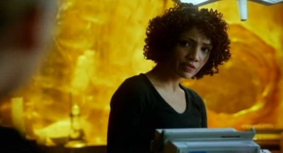 Fringe S5x11 - Astrid always an able investigator in the lab