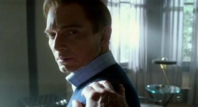 Fringe S5x10 - Michael Cerveris as Donald aka September