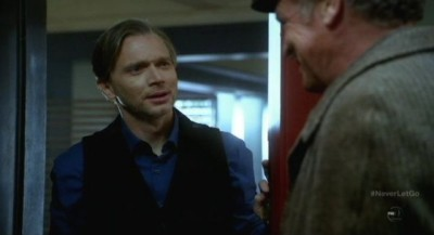Fringe S5x11 - September is happy to see Walter again