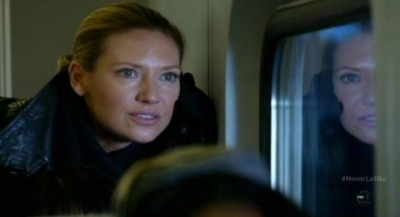 Fringe S5x11 - Tracked down on the commuter train