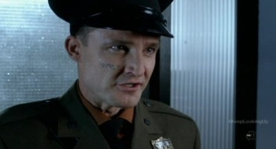 Fringe S5x12 - Peter Flemming as the Loyalist Lieutenant