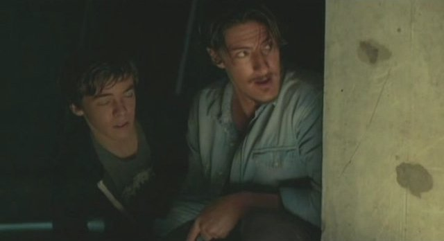 Haven S2x08 - Duke and Henry on the run