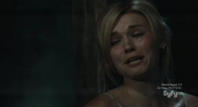 Haven S3x01 - Tears stream from Audreys face while trying to escape