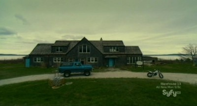 Haven S3x01 - The Altair Bay Inn pays homage to The Tommyknockers and Forbidden Planet
