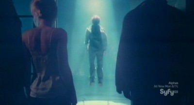 Haven S3x01 - Wesley beams up the the alien mother ship