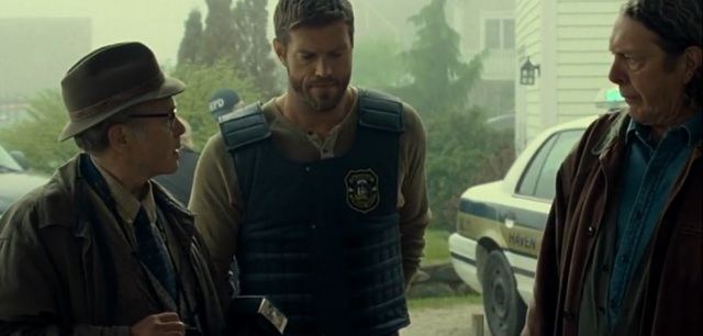 Haven S4x01 - Sheriff Dwight tells Vince and Dave to report The Trouble as another gas leak
