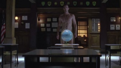 Haven S4x07 - Nathan is in class naked